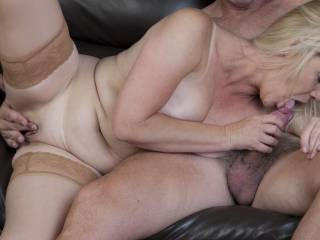 Playing with friends wife, she loved this and it made her cum as well as me