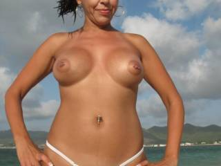 Stunning....and those pierced nipples....sooooooo sexy!!  x