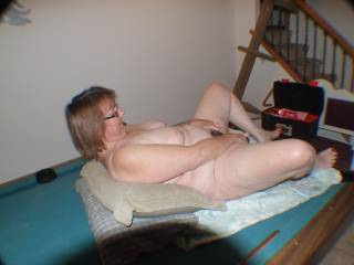 nothing better than watching a woman play with her pussy!!!!!!! mmmmmmmmmmmmmmmm