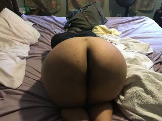 My ex bent over waiting for me to come beat her pussy up 