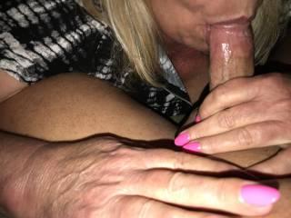 wife sucking the head
