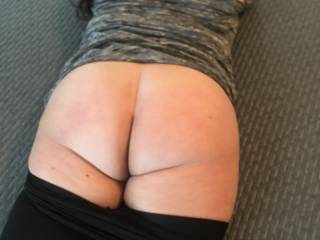 My girls big ass which is now 45 inches around ready for pounding