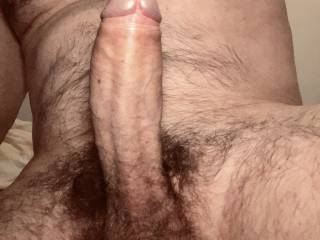 For those of you who like hairy guys