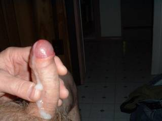 oh nice, lovely cum shot dripping down your foreskin and shaft... so suckable