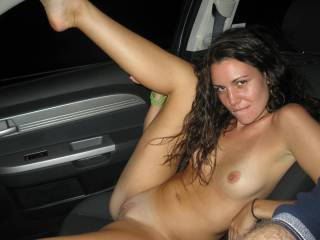 wow what a sweet body and hot wet pussy........looks like some nice car teasing fuuuuun.........