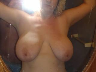 Absolutely stunning breast...perfect for fucking and splattering