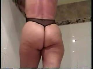 you are one of the sexiest women ever great natural body perfect ass a very hot pussy