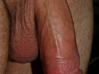 I would like to have that deep in my throat and feel it getting hard!