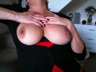 id preder to shoot my big load on your amazing breasts but i suppose a pic will have to do - when i get chance ill post a vid for you xxxx