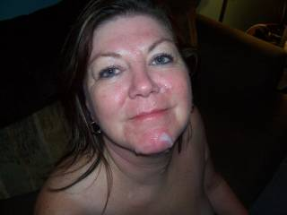 not that's very HOT! A mature woman with a smile and cum on her face!! WOW!!! SO HOT!