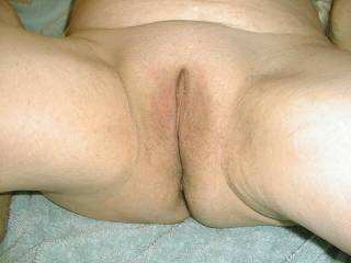 Oh yeah..Beautiful pic of her pussy..!!..My COCK would love to fill..!!..Great pic..I like what I see..!!