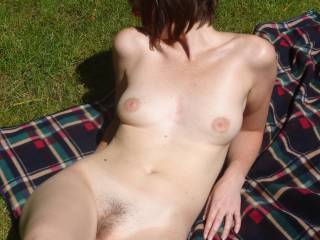 wow you have a sexy stunning body would love to kiss you all over . Ella x