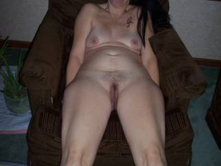 mmmm I love a hairy pussy, and that is looking so delicious babe, only wish I could give it a good licking.