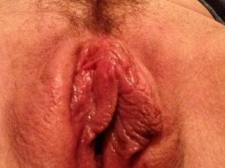 Would love to lend my tongue to that sweet looking pussy, she would get attention for hours till a cock was requested...can only imagine how sweet you taste