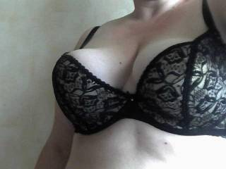 Very Sultry Hottt and Seductive, making me want to cum and seduce you for hours and hours of hot erotic adventure!
