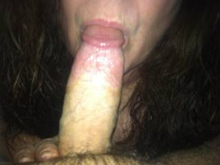 she can suck mine as my wife licks her pussy
