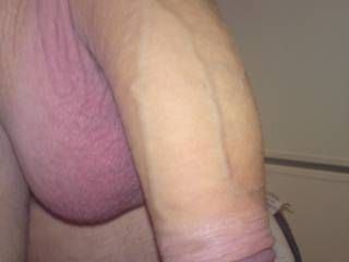 My semi hard 8inch cock any ladies want it 2 spit at there faces or bounce up n down on it leave a coment x