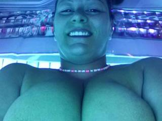 wow thats hot !!!!!!!!!!!!! love them big great tits and that great smile 2 !!