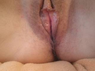 I am quite insanely jealous! To have such a juicy wet delicious looking pussy to kiss, lick and taste...wow, what I wouldn't give to be able to have her flavours flood my mouth...Great pic, again, ty :)