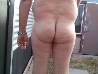 oh yea looking good love the nude outdoors too
