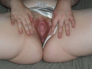Gimme a taste and I give you a good inner hammering you'll never forget. I promise you your pussy will remember me.
