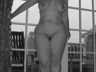 why are you in bbw/chubby cat, your body is outstanding perfect in all the right places all natural full womans figure you are one of my favorite naked ladies on zoig