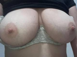 Kiki showing me her big tits while playing with her pussy on the toilet at work