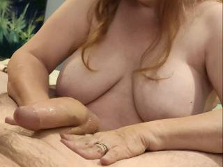 Did you know that the best thing for a man is to have a married woman who is both enthusiastic about it and knows what she is doing? Would you like your cock to find out if this is true? I hope this photo gives you an idea of what is to cum.