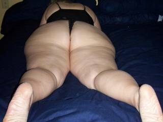 BBW wife showing off the backside of her body in sexy lingerie