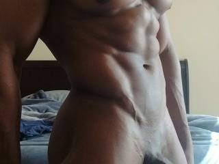 Looking for some sexy women to get me hard !