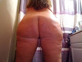 I wish I had help taking pics of me....anyone wanna help..and maybe give me a spanking?