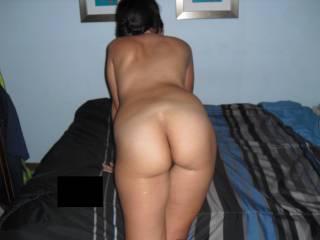 mmm a little spank with hot cream splashes on ur cheeks