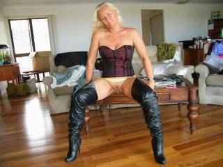 mmmmmm love the boots and whats between looks very nice too....