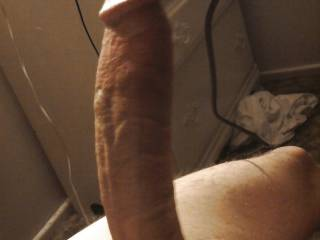 This is my big cock any wifes or sluty gfs wanna suck it.