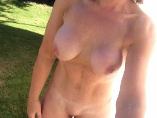 Naked and horny in the autumn sun......will you join me for some fun??  ;-)  xx