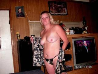 we have been asked to post more pictures of sexie nay she is tommies girl friend and is very sexie these are some of her pictures new and old we hope that every one likes them we love her and its a just to bad that she is married now and he dose not want