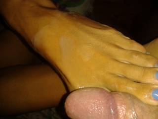 Mmmm!  I'd love to suck the cum off those sexy toes for you!