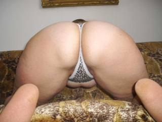 loved to get right behind her sexy arse!!