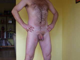 Nice body, great hairy chest, and nice uncut cock! WoW