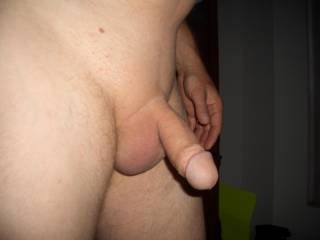 I sure would,thats a tasty looking cock.nice and smooth.