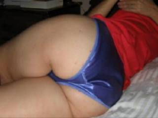 Wife's sexy ass in panties