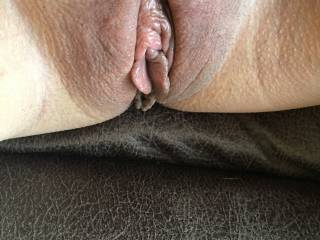 Come give this Pussy a lick
