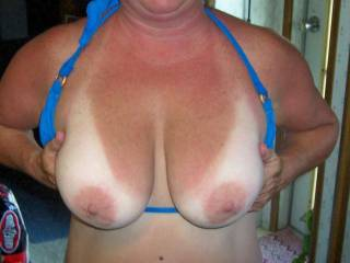 wow very nice. like to enjoy them nice breasts. wow lick and suck them wow.