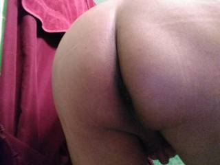 Looking for two or more big thick cocks
