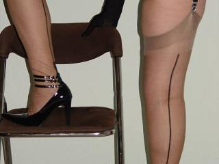 nothing better than nylons, heels beautiful legs and a lovely ass