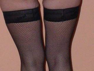 Mmm....love your legs and the view between your legs. I'd be quite happy to chat and masturbate with you.