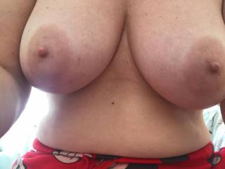 who loves these big sexy titties?