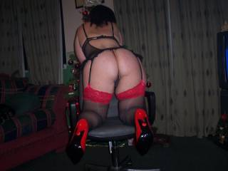 slut wifes sexy ass waiting for my cock