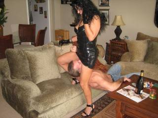 Mmmmm, my juicy pussy is always eager for a nice and slow licking...