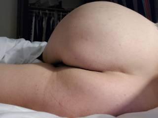 GF showing that sexy little ass.